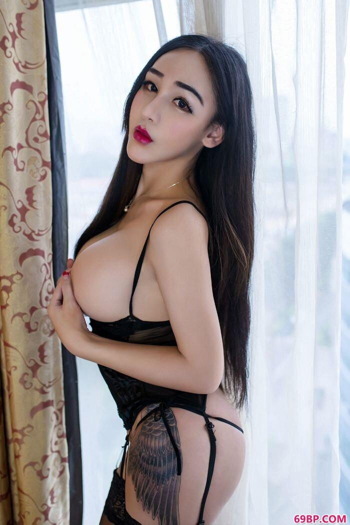 性感女巫红色情趣内裤大尺度人体图_窝窝��三级