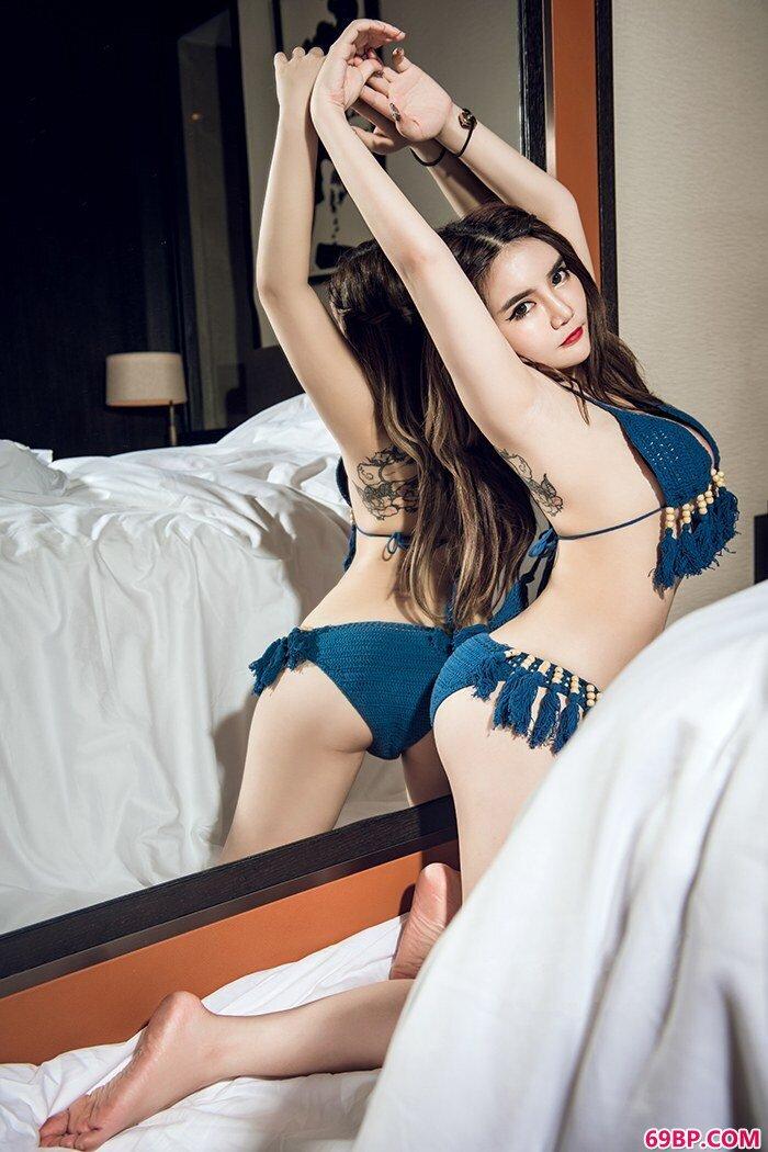 性感嫩模温心怡丰乳肥臀风华绝伦_gogo艺术人体美