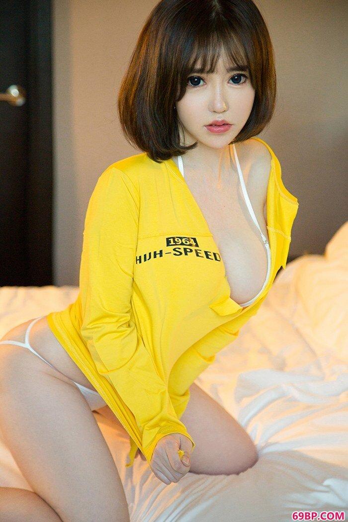 娇羞嫩妹韩恩熙童颜巨胸惹火销魂
