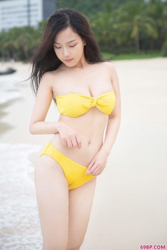 清纯妹子徐微微湿身诱惑十分吸眼球_日韩大胆西西人体