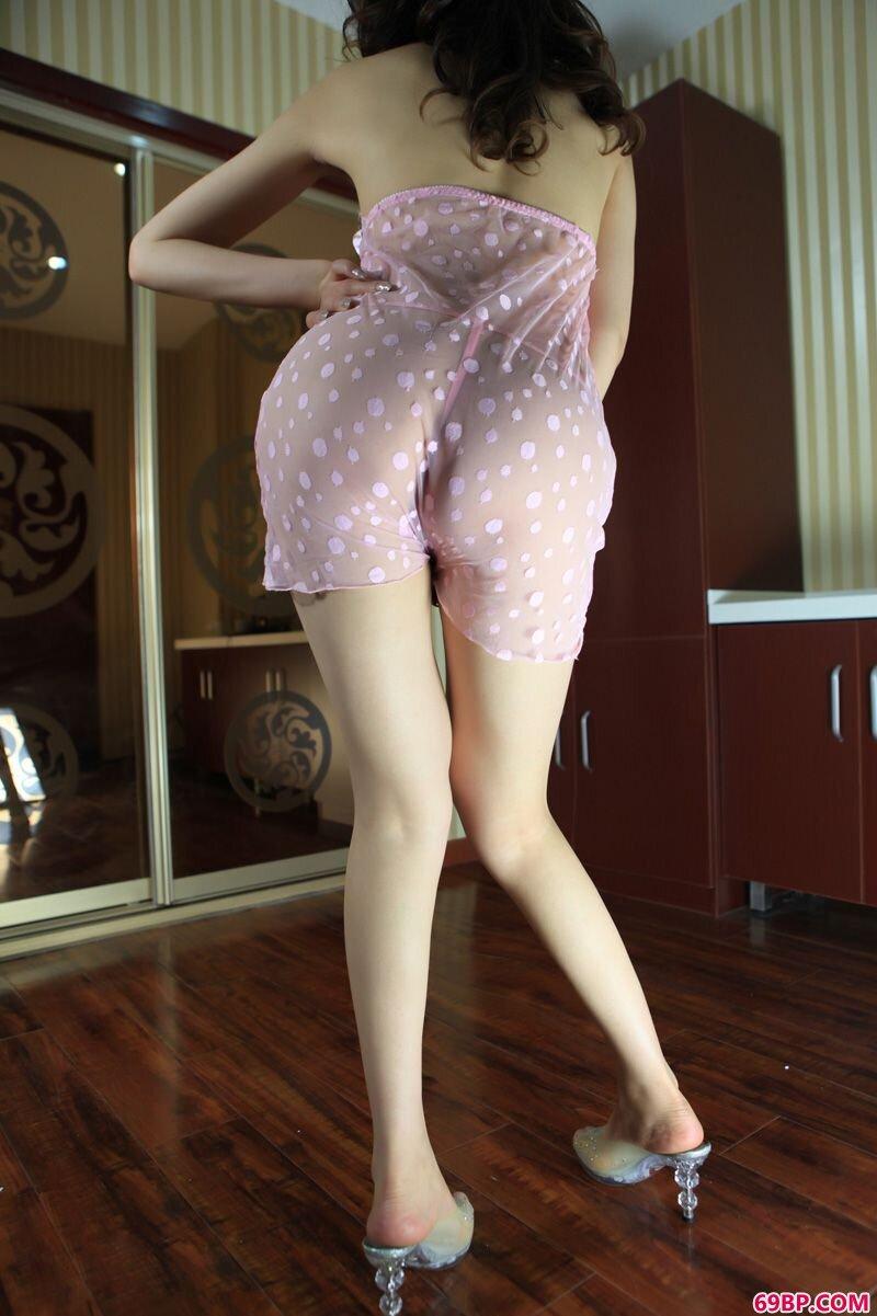 美腿美模第210期Aiya_胸大图片