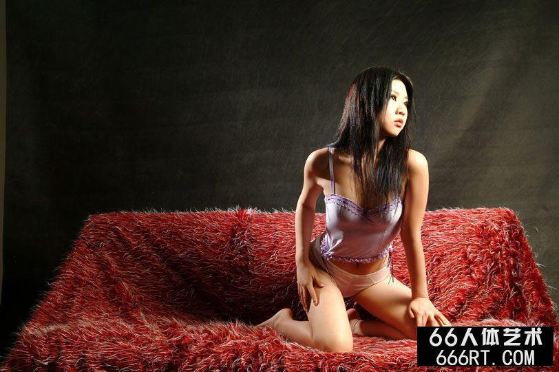 裸模圆圆09年室拍泳装人体_gogo人体销魂