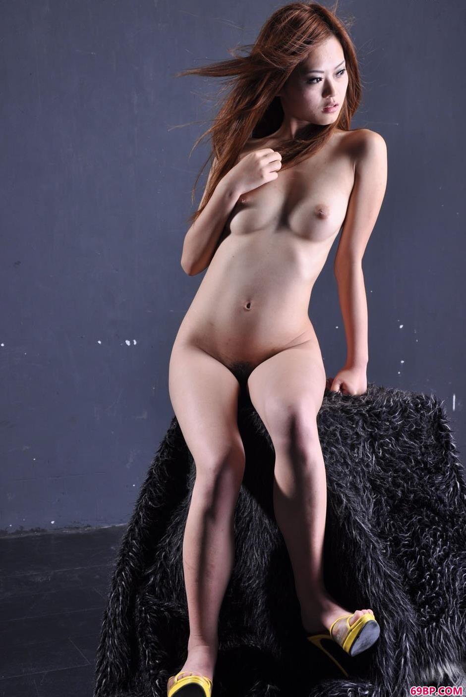 靓女小雅图片棚里的魅惑美体2