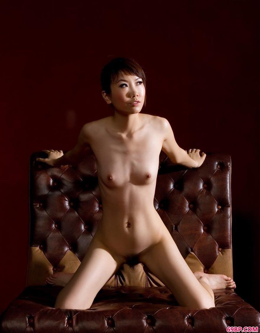 裸模嘉嘉室拍美体1