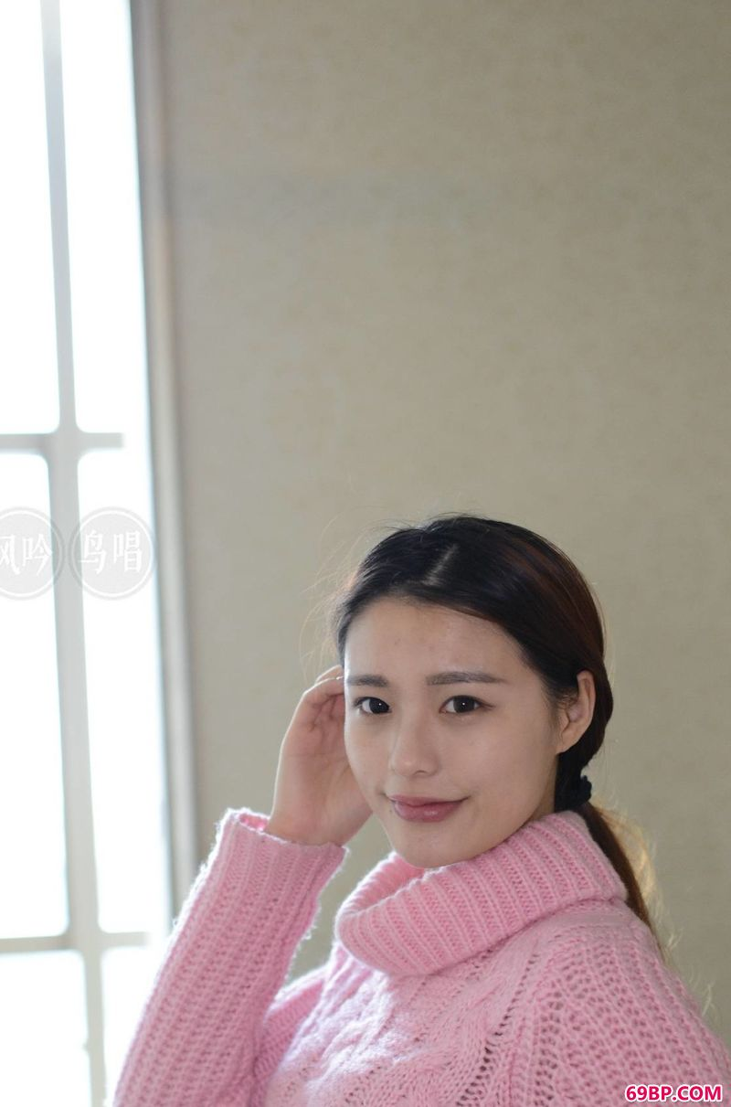 gogo嫩模冰冰的人体作品_少妇艳照14p